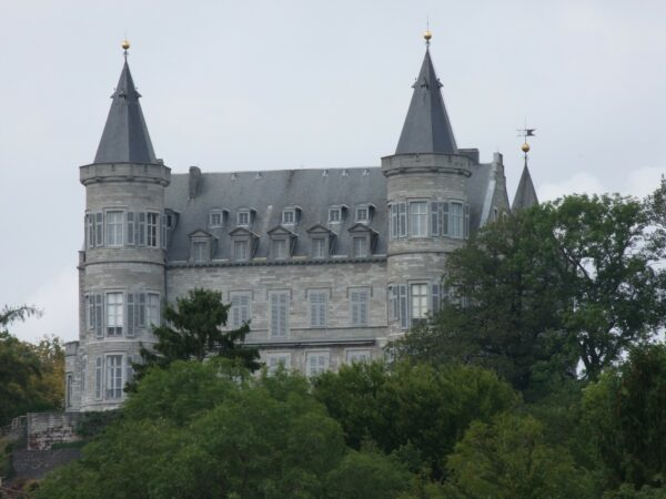 Balade du Château Royal de Ciergnon