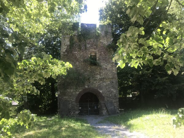 Balade autour de Finnevaux et de sa tour Romane